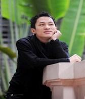 """Gia đình của ca sĩ Tùng Dương và những chuyện đời tư của chàng ca sĩ đầy chất """"ma mị"""""""