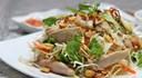 Bí quyết làm gỏi gà trộn xoài xanh chua ngọt chống ngán ngày Tết