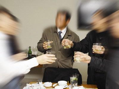 Dùng thường xuyên, quá liều, các loại thuốc giải rượu sẽ dẫn tới tăng men gan, viêm loét đường tiêu hóa.... và tử vong Hiện nay trên thị trường có rất nhiều