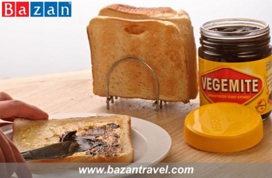 Bơ Vegemite Đối với người dân bản xứ sinh sống lâu đời tại Xứ sở Chuột Túi, ắt hẳn không ai là không biết đến món bơ Vegemite – được mệnh danh là linh hồn