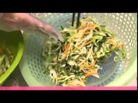 Video clip: Cách làm dưa bắp cải muối xổi ai cũng mê