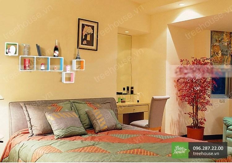 Phòng ngủ là nơi bạn cảm thấy thoải mái mỗi khi bước vào.Phòng ngủ cần có không gian yên tĩnh, ấm cúng, riêng tư. Những chiếckệ sách đẹpnhỏ xinh giúp