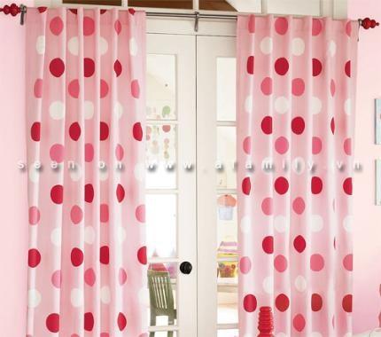 Tự may rèm cửa đơn giản cho căn nhà thêm xinh