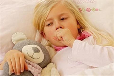 Trẻ sơ sinh bị ho uống thuốc gì