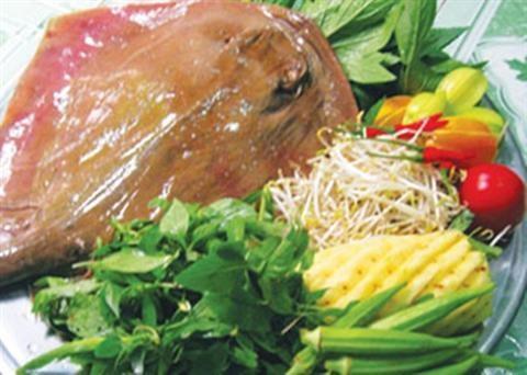 Món cá đuối nấu canh chua