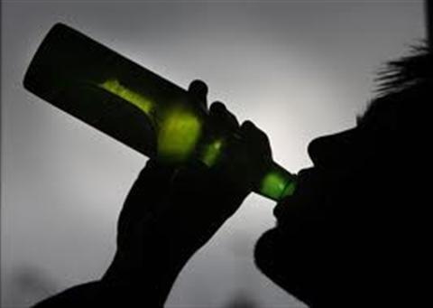 Làm gì khi chồng nghiện rượu. Những câu chuyện về hạnh phúc, khổ đau và chướng ngại cần vượt qua của người phụ nữ có chồng nghiện rượu. Địa ngục trần