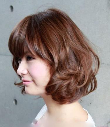 Làm đẹp với kiểu tóc ngắn cực nhanh