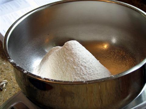 Cách làm bánh gato bằng nồi cơm điện đơn giản