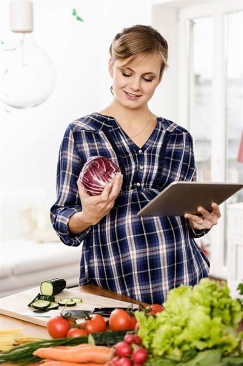 Có thai tháng đầu nên ăn gì?