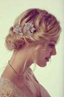 Các kiểu tóc ngắn cho cô dâu hiện đại trẻ trung, rạng rỡ