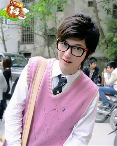 Thông tin về diễn viên Huỳnh Anh