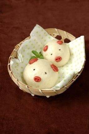 Với cách làm bánh bao ngọt này bạn sẽ có được những chiếc bánh bao thật xinh xắn và có thể thoải mái tùy biến với các loại nhân khác nhau. Làm bánh
