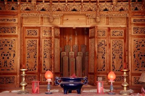 Cách bài trí bàn thờ Phật hợp phong thủy