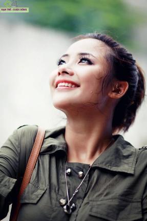 Thạch Thu Huyền profile