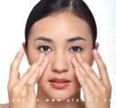 Cách làm hết sưng mắt sau khi khóc hiệu quả rất nhanh
