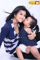 Gia đình của diễn viên Kim Tuyến và những ồn ào xoay quanh việc nuôi con một mình