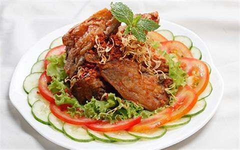 Cách làm món đầu cá hồi nướng muối ớt thơm ngon