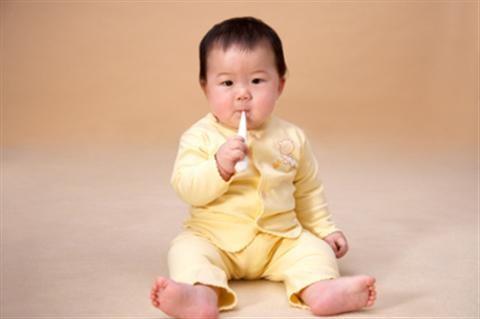 Chữa ho khan cho trẻ nhỏ bằng bài thuốc dân gian