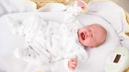 Cách chữa đầy bụng khó tiêu cho bé hiệu quả vô cùng