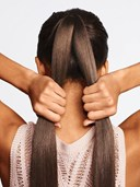Hướng dẫn làm tóc tết đuôi cá cực đơn giản