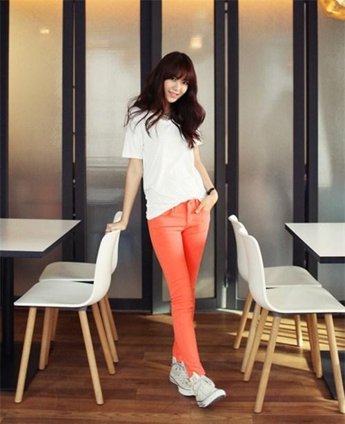 Mặc đẹp với quần skinny tự tin khoe vóc dáng, hợp xu hướng 2013