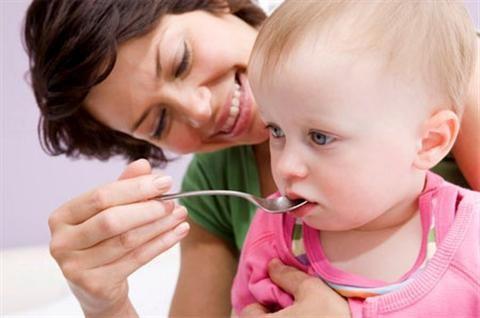 Chữa bệnh khó tiêu ở trẻ sơ sinh an toàn