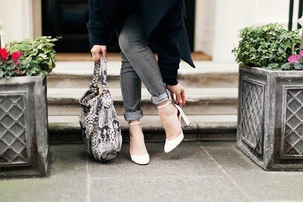 Cách chọn boot cho người chân ngắn cho bạn tự tin, năng động. Chỉ cần khéo léo chọn bốt cho người chân ngắnthì không những trông bạn cực thời trang mà còn