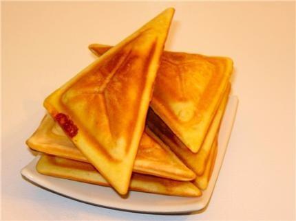 Cách pha bột làm bánh hot dog cho bánh thơm ngon đúng điệu. Hot dog là một món ăn nổi tiếng và được yêu thích trên toàn thế giới. Nó được coi một món ăn