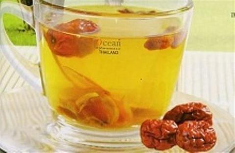 Cách pha trà thảo dược thơm ngon nhất. Trà thảo mộc giúp bạn tìm lại sự quân bình của cơ thể, sức khoẻ và vẻ đẹp nhờ hương vị nguyên chất rất đặc trưng của