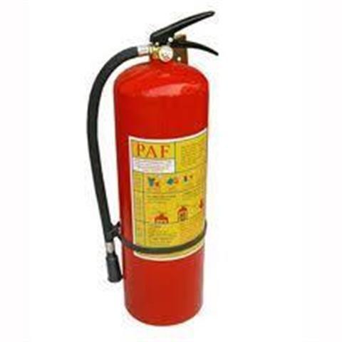 """Cách sử dụng bình chữa cháy đúng cách hiệu quả nhất. Trong điều kiện phương tiện, lực lượng của lực lượng chữa cháy chuyên nghiệp còn """"mỏng"""", cơ động chữa"""