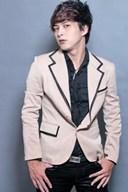 Thông tin về ca sĩ Hồ Quang Hiếu