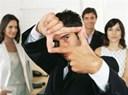 Cách ứng xử với đồng nghiệp xấu tính khôn ngoan khéo léo nhất