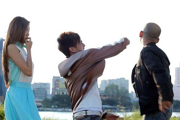 Những hình ảnh đẹp của ca sĩ Hồ Quang Hiếu trẻ trung, lãng mạn. 'Ngày ấy sẽ đến' là album được Hồ Quang Hiếu phát hành với những ca khúc trẻ trung, lãng