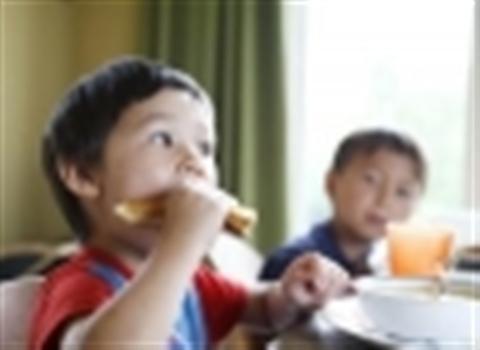 Cách dạy con bướng bỉnh cho con thay đổi ngoan ngoãn, vâng lời . Trẻ em càng thông minh, nhanh nhẹn thì càng bướng bỉnh. Dưới đây một số gợi ý cho bạn