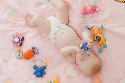 Triệu chứng khi trẻ mọc răng sữa
