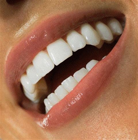 Mẹo làm trắng răng nhanh chóng hiệu quả