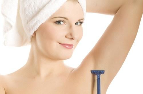 Cách làm sạch lông nách hiệu quả tại nhà