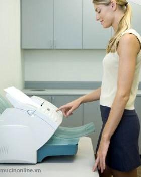Bấm nút Sart để gửi Fax Hướng dẫn cách dùng máy fax, gửi và nhận fax. Gửi Fax 1. Đảm bảo điện đã được cắm vào máy Fax, đường line điện thọai cắm vào máy Fax