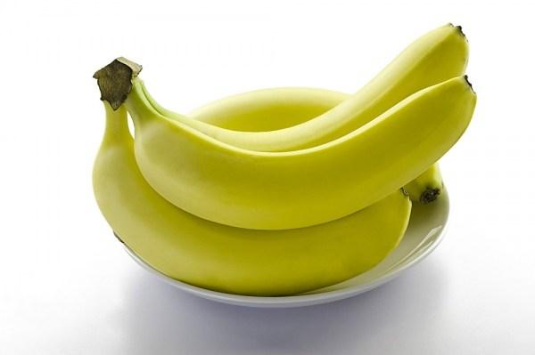 Chuối là loại hoa quả không thể thiếu trong thực đơn của nhiều gia đình hiện nay. Nó được coi là một trong những loại quả chứa nhiều vitamin tốt cho cơ thể.