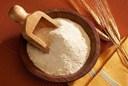 Làm đẹp từ bột mì trắng da, sạch mụn