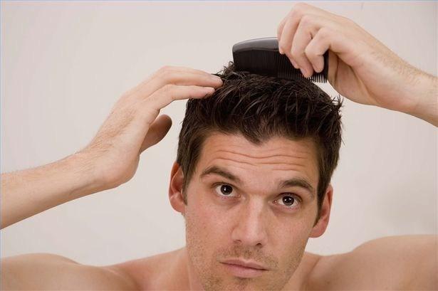 Keo vuốt tóc là một trong những sản phẩm làm đẹp có tuổi thọ lâu đời nhất và nó khá là phổ biến dành cho nam, nhờ có nó mà ta có thể tạo ra vô số kiểu tóc từ