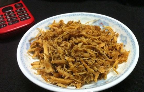 """Hôm nay, toinayangi.vn sẽ hướng dẫn các bạn """"cách làm ruốc nấm hương chay"""". Công thức của món này vô cùng đơn giản, nhưng vì là món chay nên các bạn có một"""