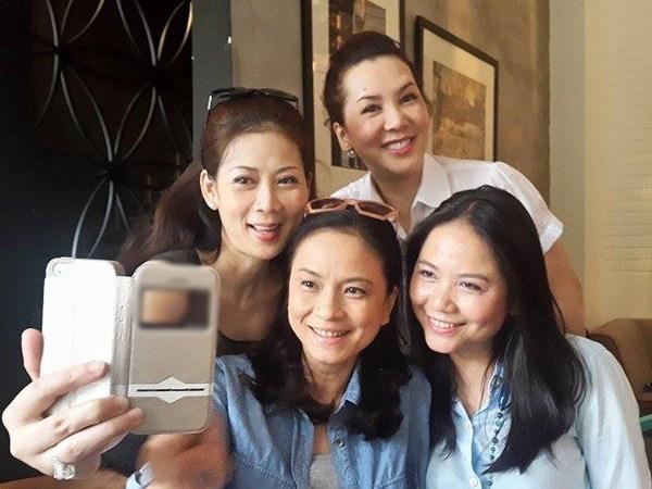 Diễn viên Diễm Hương: gái 4 con mà nhan sắc vẫn say lòng người