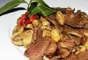 Cách xào nấm rơm, thịt bò ngon cực dễ